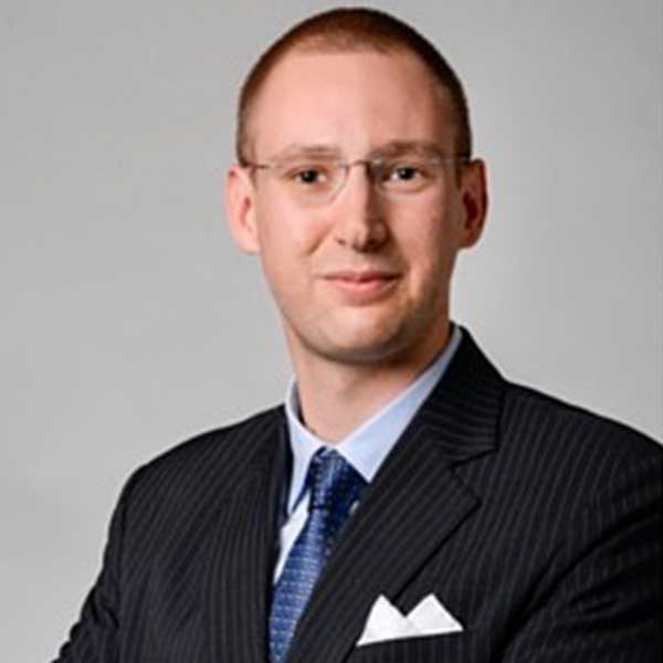 Dr Kristof Ulmann
